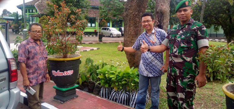 1. Bantuan Bibit Pohon Bandung 6 Februari 2018